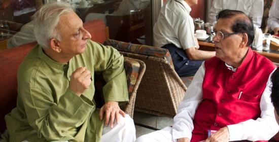 Sri M meets Bindeshwar Pathak of Sulabh Shauchalaya and discuss Walk of Hope 2015