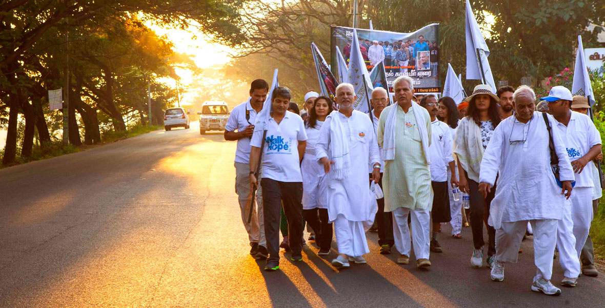 Sri-M-Walk-of-Hope-Kerala-2
