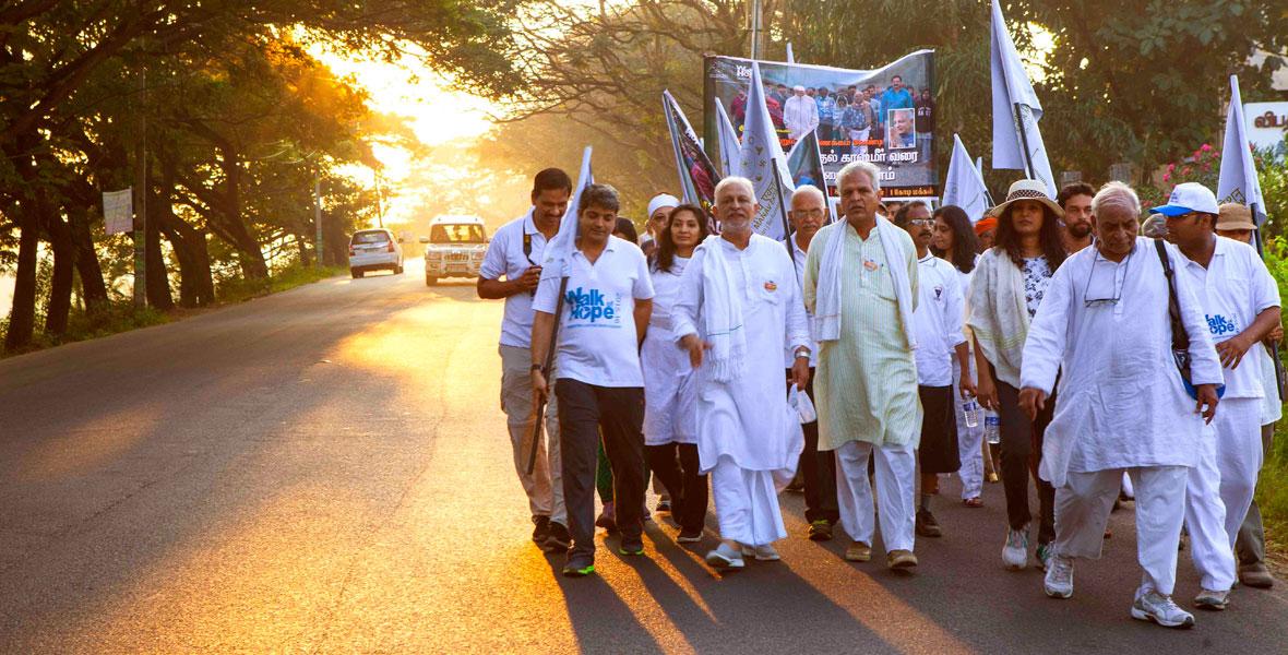 Sri-M-Walk-of-Hope-Kerala-2