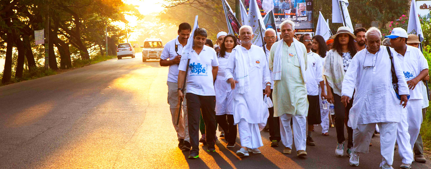 Sri-M-The-Walk-of-Hope-2015-16