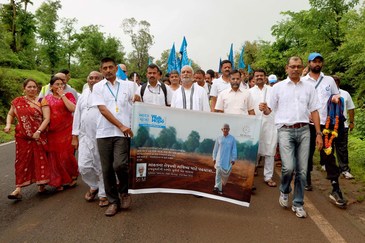 Sri-M-Walk-of-Hope